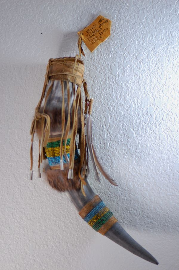 Shoshone-Yakima Design Horn Vessel with Glass Beads, Varmut Fur and Leather