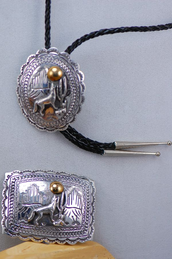 Navajo – 12ktGF and Sterling Silver Wolf Buckle and Bolo Tie Set by Herman Martinez