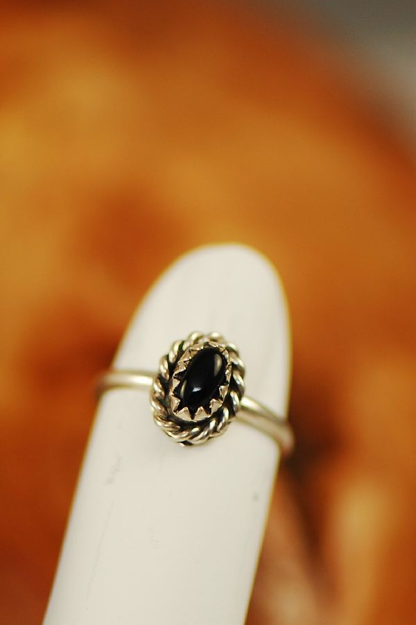 Navajo � Black Onyx Sterling Silver Baby Ring Size 1