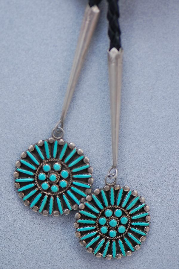 Zuni – Exquisite Needle Point and Petite Point Turquoise Sterling Silver Bolo Tie with Matching Tips from our Private Collection