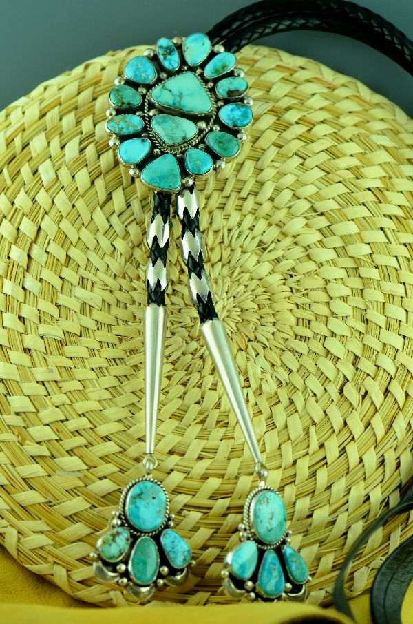 Navajo – Exquisite Sterling Silver Natural Fox Turquoise Cluster Bolo Tie with Matching Tips by Will Denetdale  (Private Collection)