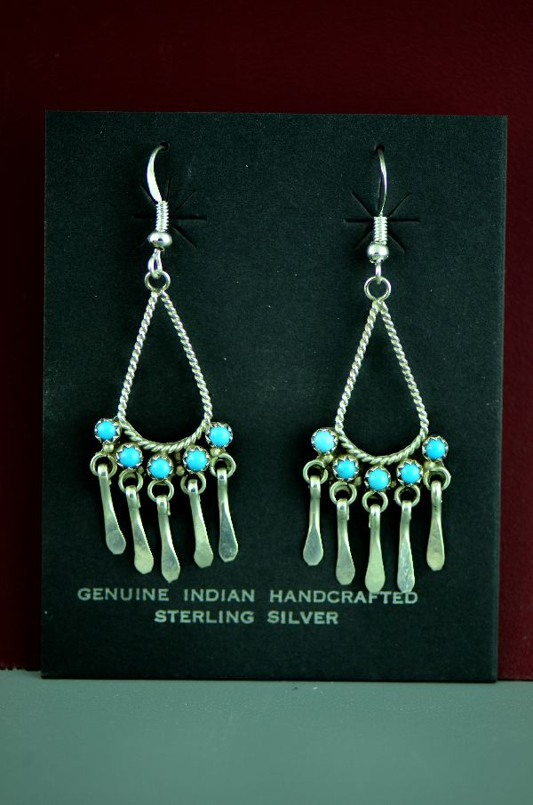 Zuni – Sterling Silver Sleeping Beauty Turquoise Petite Point Earrings