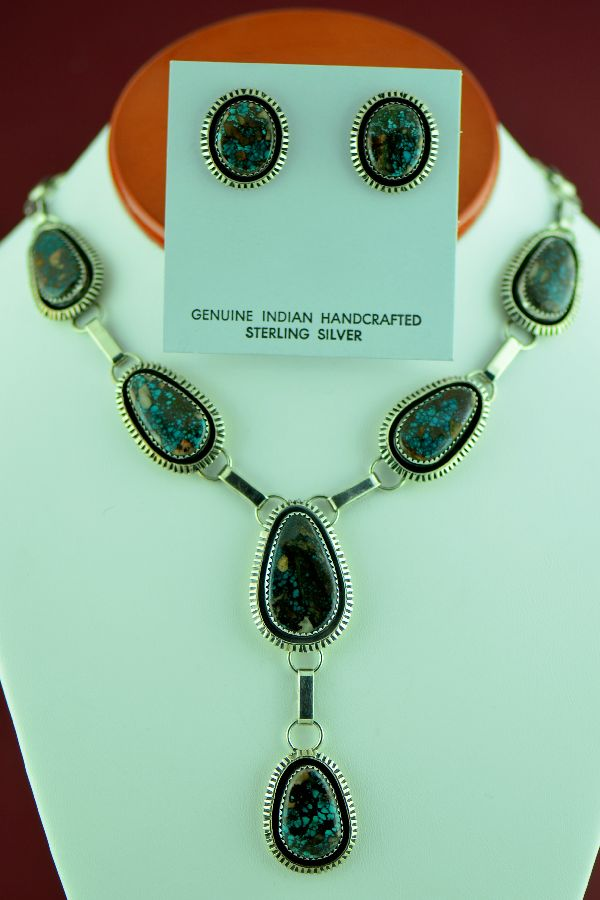 Navajo – Sterling Silver Bisbee Turquoise Necklace and Earrings by H. Begay (Private Collection)