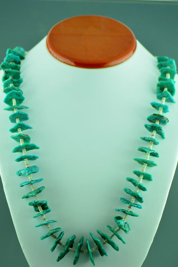 Santo Domingo – Vintage Natural Ajax Turquoise and Penshell Necklace (1950's circa – Private Collection)