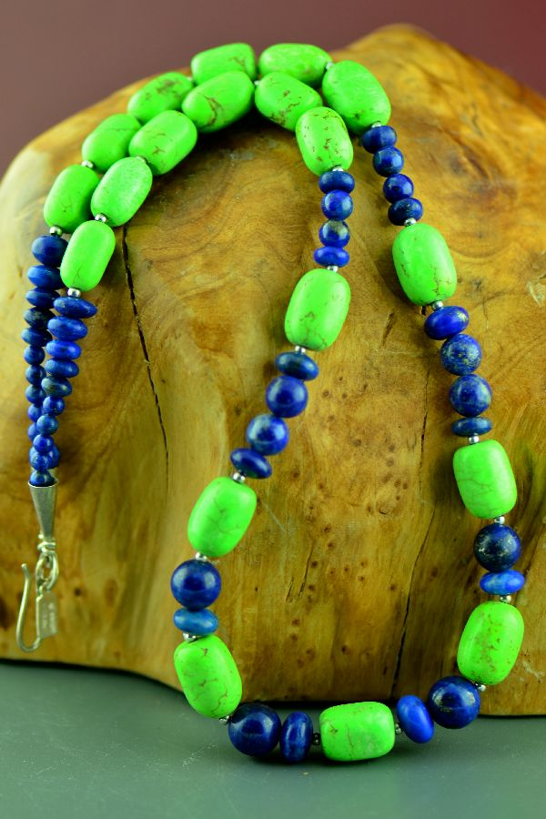 Navajo – Sterling Silver Gaspeite and Lapis Necklace by Alex Begay