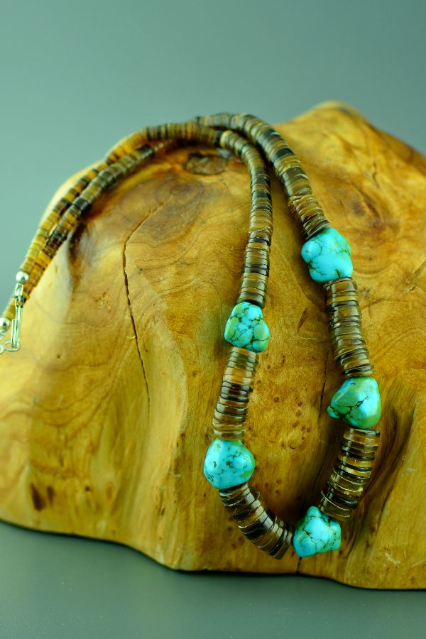 Navajo – Sterling Silver Kingman Turquoise and Penshell Necklace by 