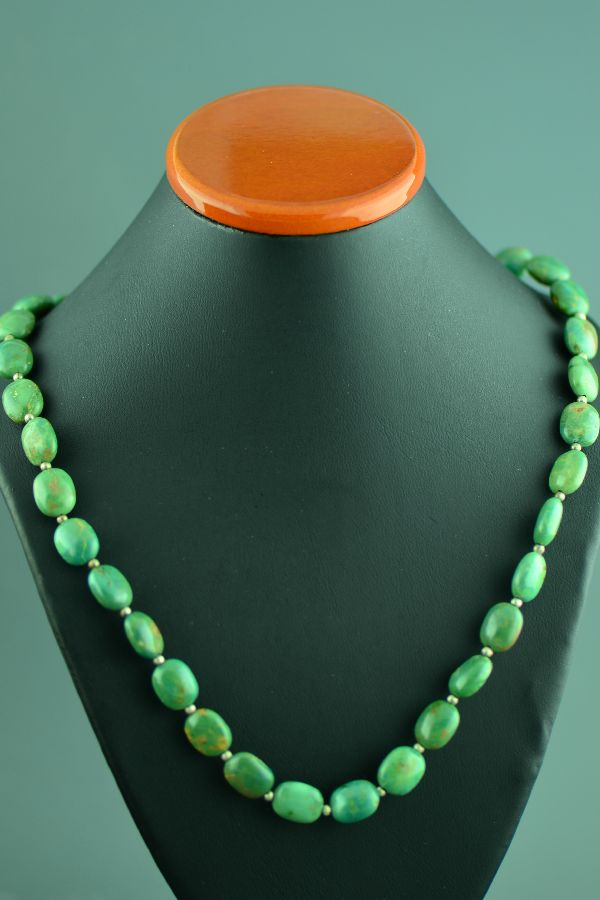 Navajo – Sterling Silver Emerald Valley Turquoise Necklace by Mary Begay