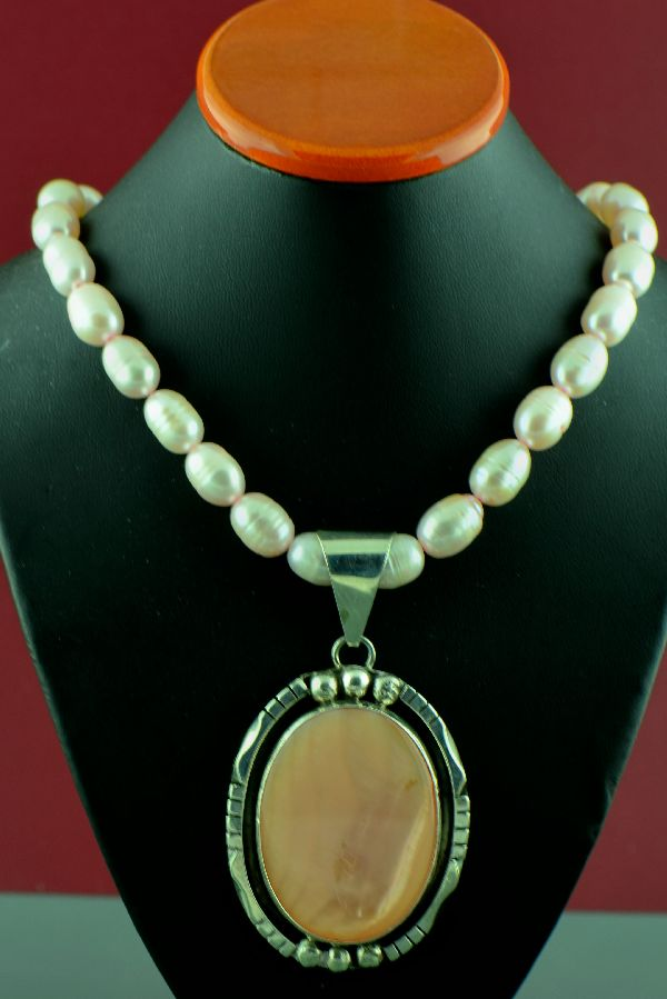 Navajo – Sterling Silver Pink Fresh Water Pearl Necklace and Pendant by H. Begay