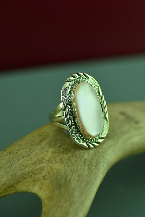 Navajo Sterling Silver Pink Mother of Pearl Ring by Will Denetdale Size 6