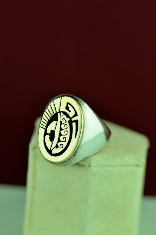 Navajo – 14KT Gold and Sterling Spirit Line Bear Ring by Calvin Peterson Size 11 1/4