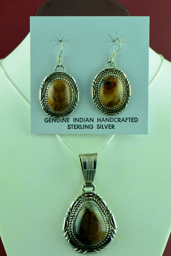 Navajo – Exquisite Sterling Silver Picasso Marble Pendant and Earrings by Loren T Begay