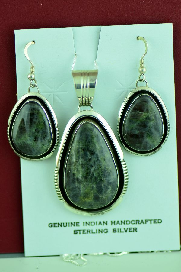 Navajo – Sterling Silver Spectrolite Pendant and Earring Set by Will Denetdale
