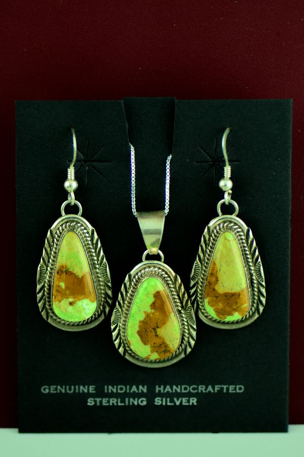 Navajo – Sterling Silver Gaspiete Pendant and Earring Set by Will Denetdale