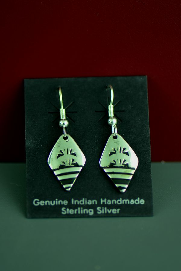 Tommy Singer Traditional Sterling Silver Earrings