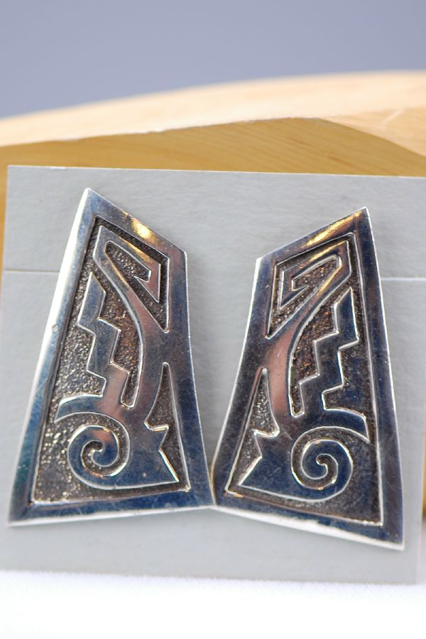 Navajo – Contemporary Sterling Silver Earrings