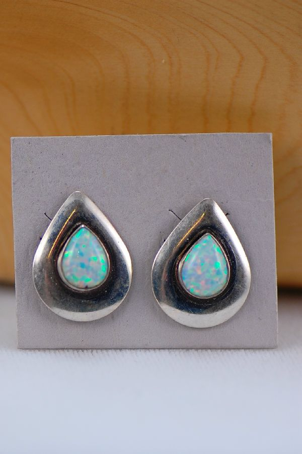 Earrings Lab Opal