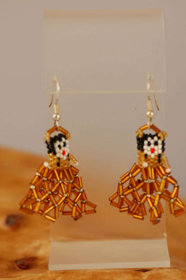 Winnebago – Beaded Native American Girl Earrings