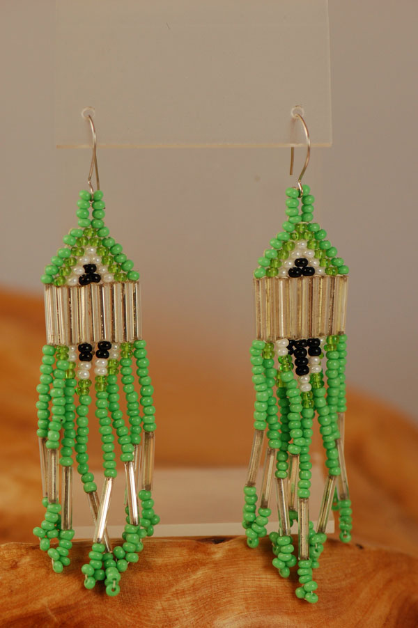 Winnebago – Beaded Pyramid Earrings