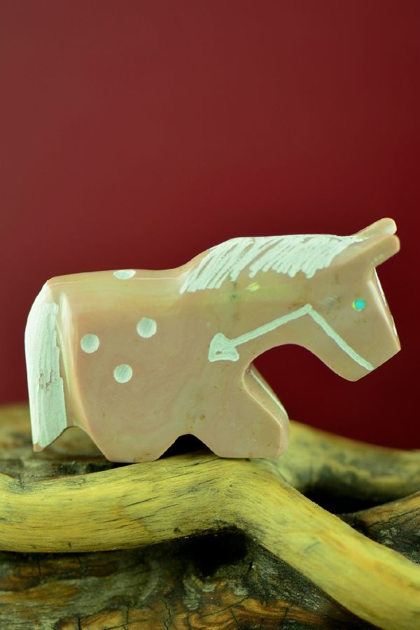 Zuni Hand Carved Dolomite Spirit Line Horse Fetish by Russell Shack
