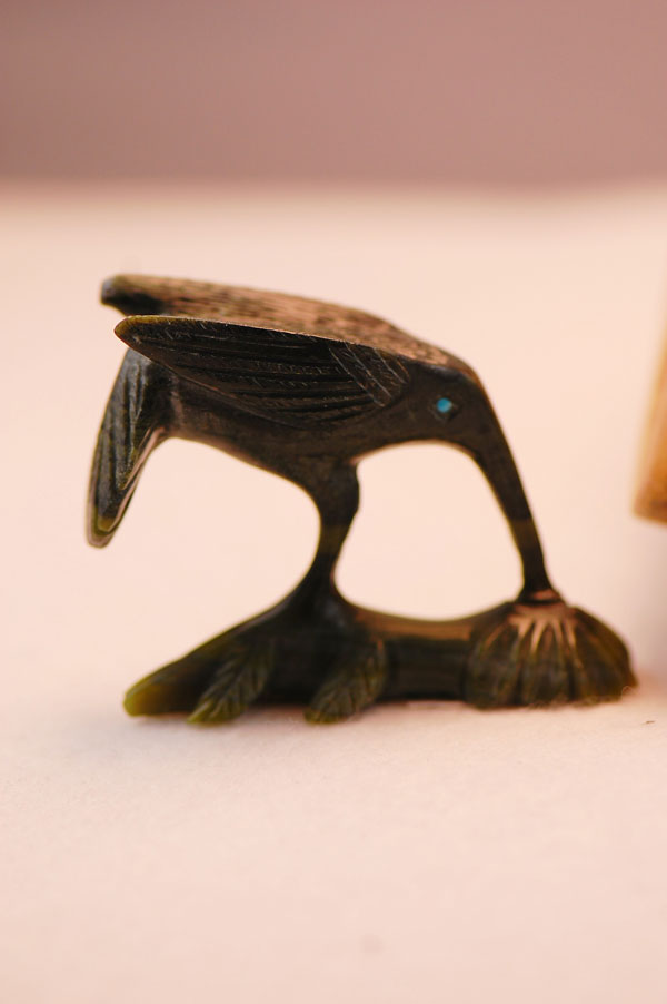 Zuni � Hand Carved Serpentine Hummingbird Fetish by Arvella Cheama