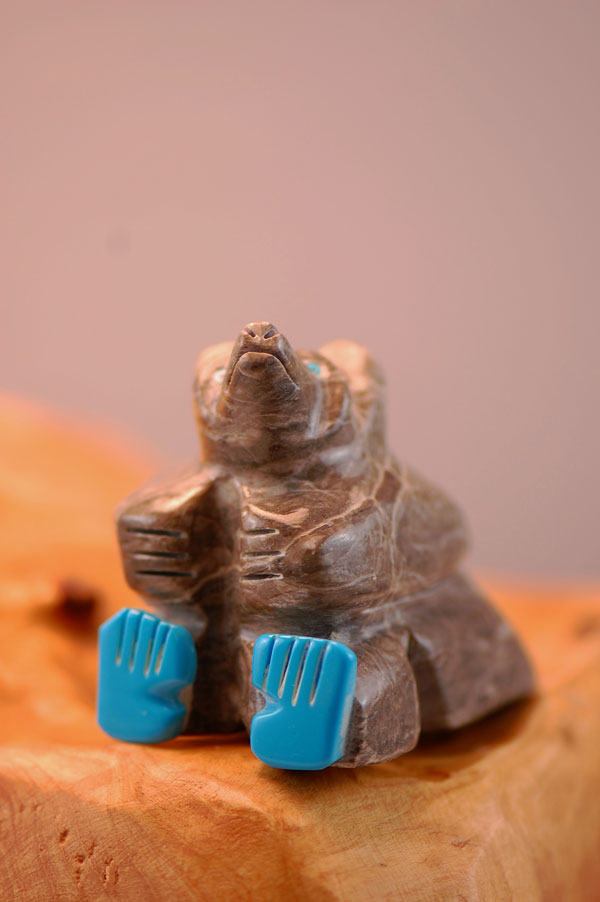 Navajo – Hand Carved Grey Alabaster Bear Fetish by Elouise Lee
