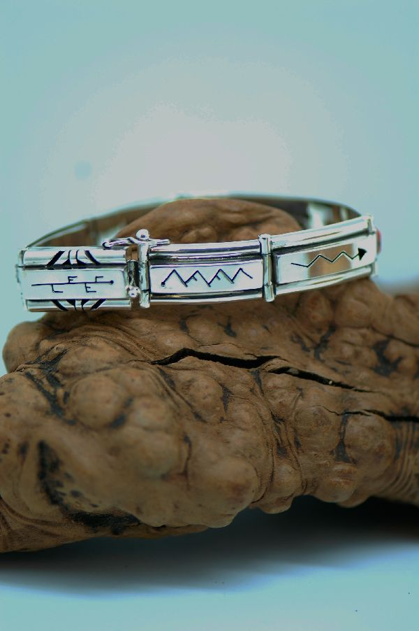 Navajo – Exquisite Sterling Silver Multi-Stone Inlaid Bracelet by Ernest Clark and Sandra Parkett