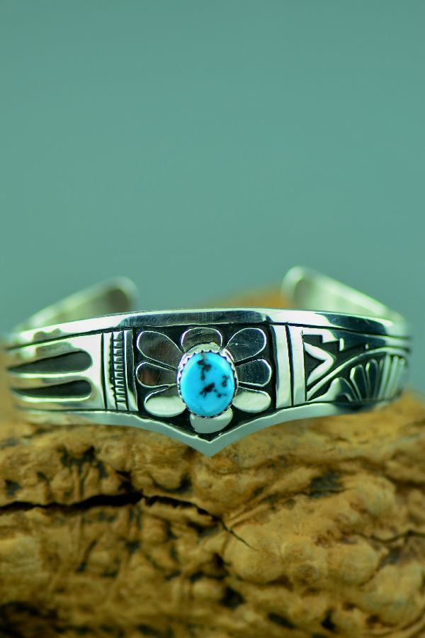 Navajo – Exquisite Sterling Silver Sleeping Beauty Turquoise Cuff Bracelet by Richard John