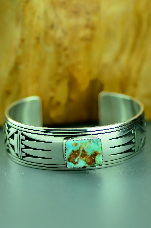 Navajo – Exquisite Sterling Silver Fox Turquoise Cuff Bracelet by Richard John