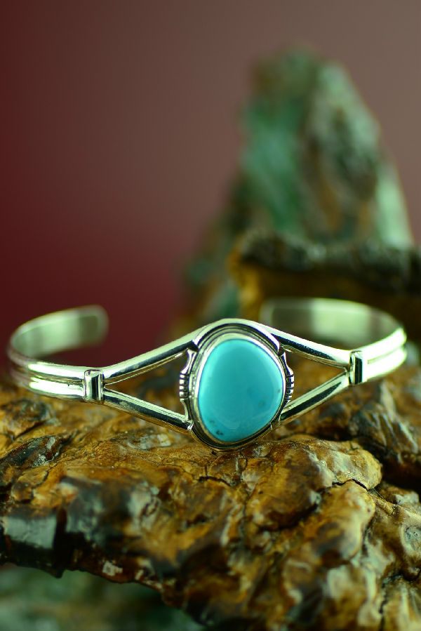 Native American Castle Dome Turquoise Bracelet