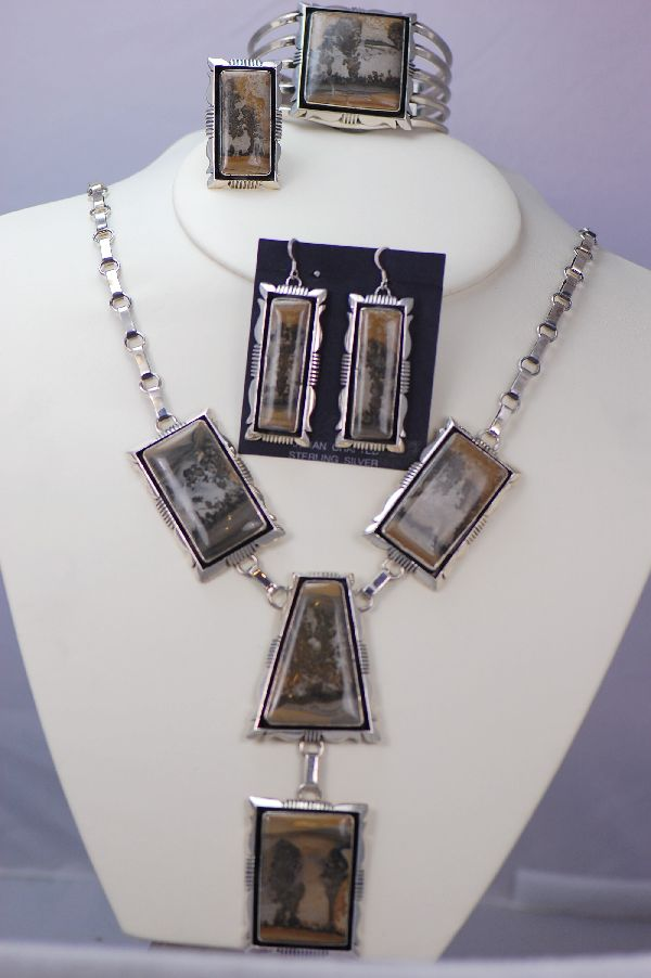 Navajo - Exquisite Picture Agate Necklace, Bracelet, Earrings and Ring Set by Will Denetdale