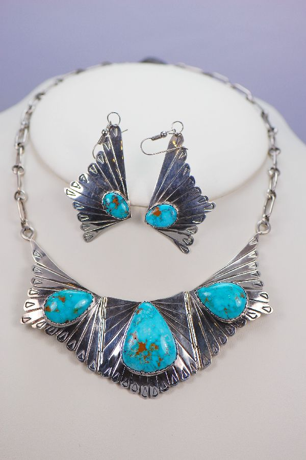 Navajo - Exquisite Red Mountain Turquoise Necklace and Earrings from our Private Collection