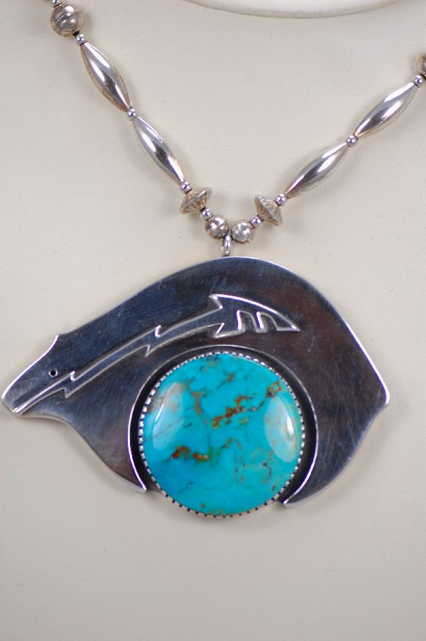 Navajo – Turquoise and Sterling Silver Spirit Line Bear Necklace by Dan Nieto