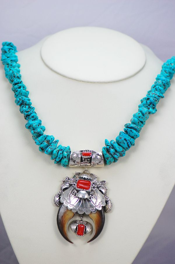 Navajo – 1960's Circa Natural Black Bear Claw Pendant and Turquoise Nugget Necklace (Private Collection)