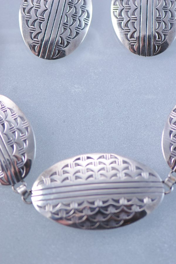 Navajo – Unusual 7 Piece Contemporary Sterling Silver Necklace and Clip-on Earring Set