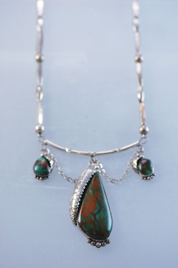 Navajo – Elegant One of a Kind Sterling Silver Manassas Turquoise Necklace