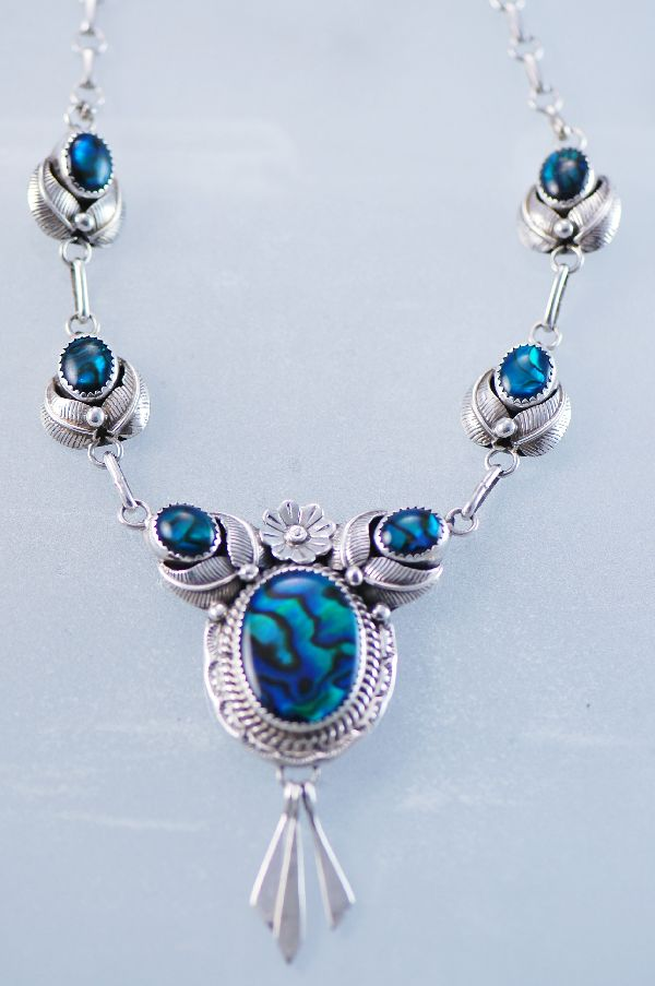 Navajo �Paua Shell Sterling Silver Necklace