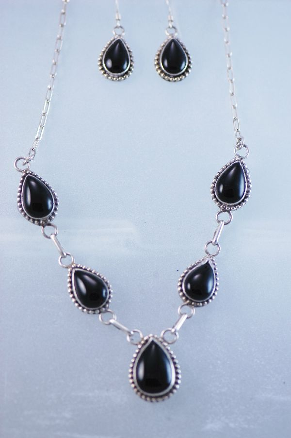 Navajo –Black Onyx Sterling Silver Necklace and Earring Set