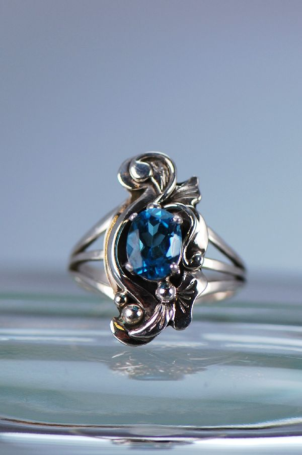 Navajo – Ladies Blue Topaz Sterling Silver Ring Size 7