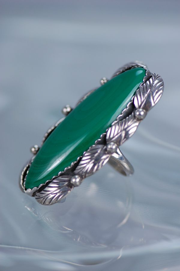 Navajo – Ladies Malachite w/Leaf Design Sterling Silver Ring  Size 7 ¼