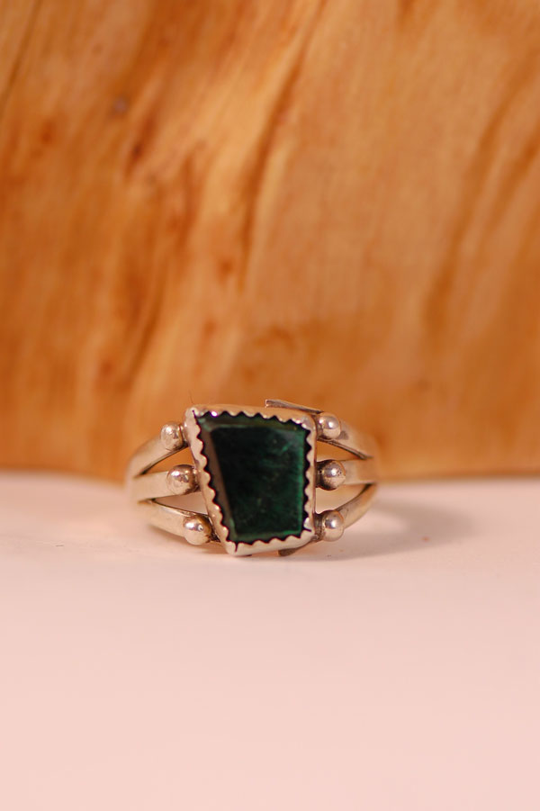 Navajo – Malachite Sterling Silver Ring Size 7 3/4