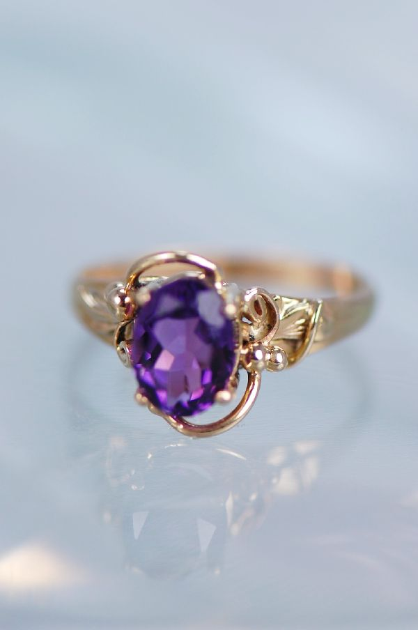 Navajo – Ladies 14KT Gold Natural Brazilian Amethyst Ring Size 5