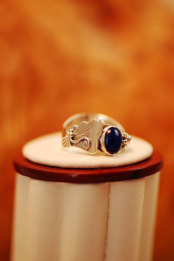 Les Baker – Ladies Lapis Sterling Silver Ring Size 6