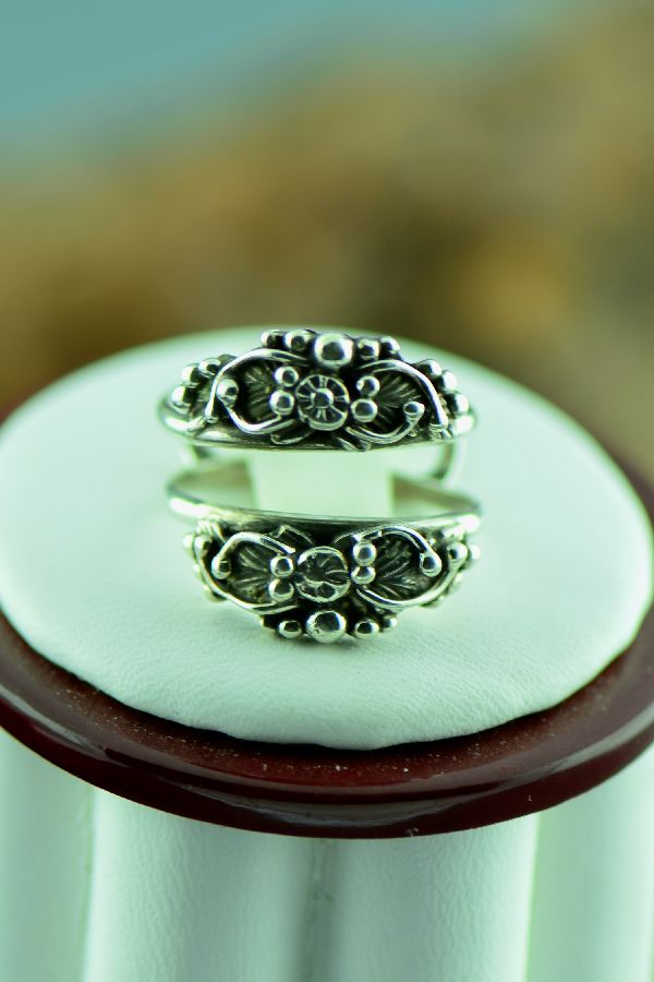 Navajo – Sterling Silver Guard Rings Size 4 1/2