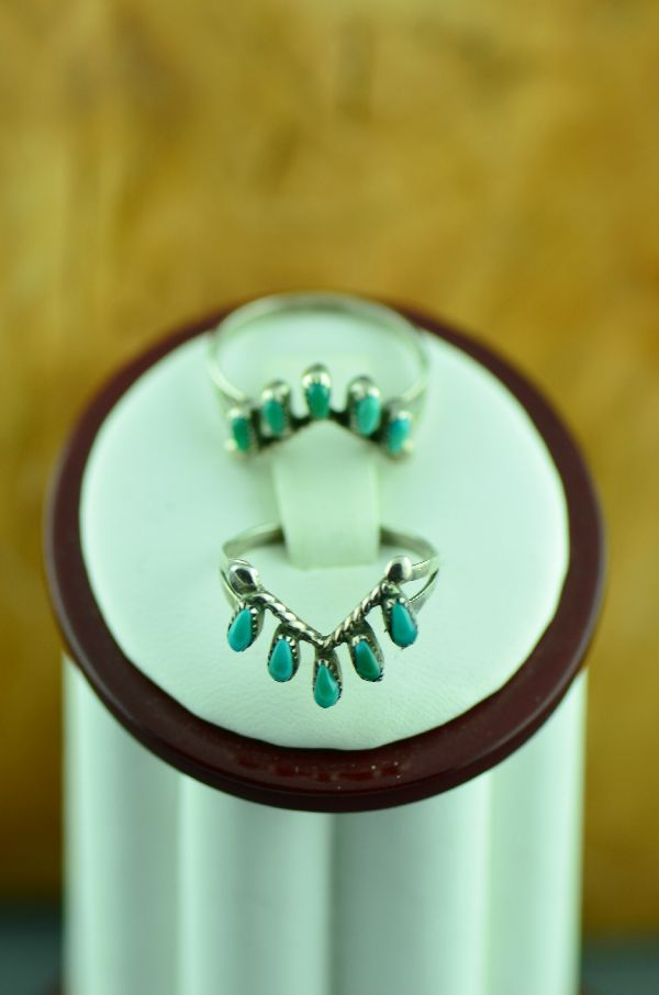 Zuni – Sterling Silver Needle Point Turquoise Guard Rings Size 6