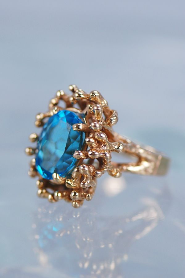 Cherokee – Ladies 14KT London Blue Topaz Ring Size 6 1/2