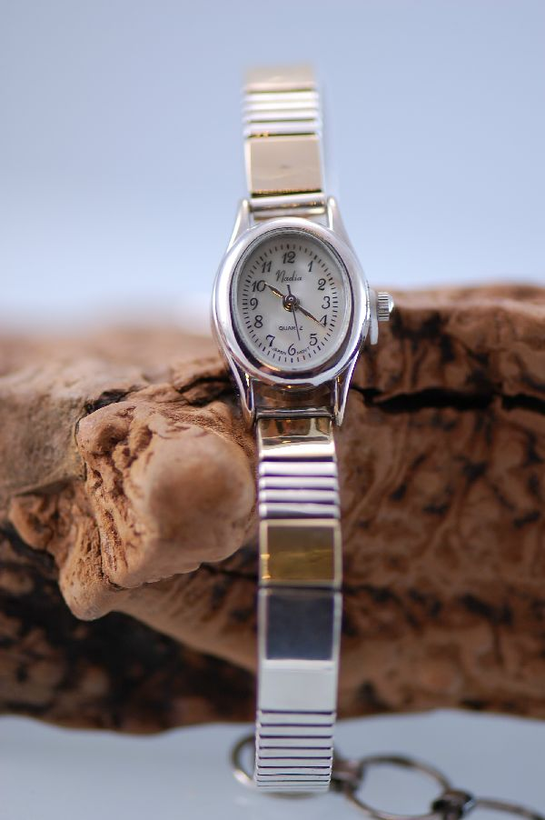 Navajo – 14kt Gold and Sterling Silver Cuff Watch Bracelet with a Toggle Clasp by Jonathan Nez