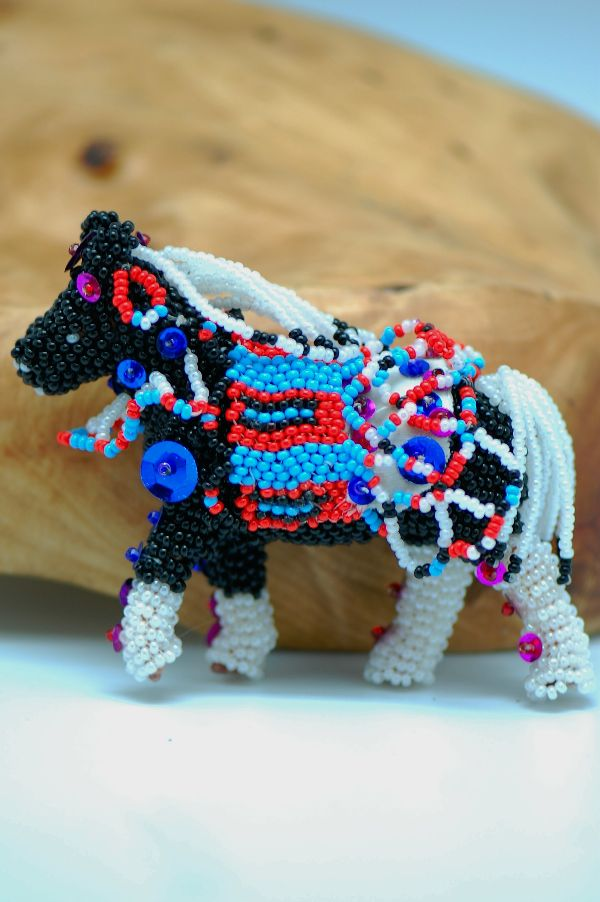 Zuni – Multi-Colored Beaded Circus Horse by Jenett Deeweese