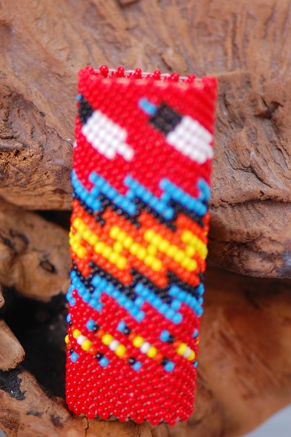 Navajo � Multi-Colored Seed Bead Lighter Holder