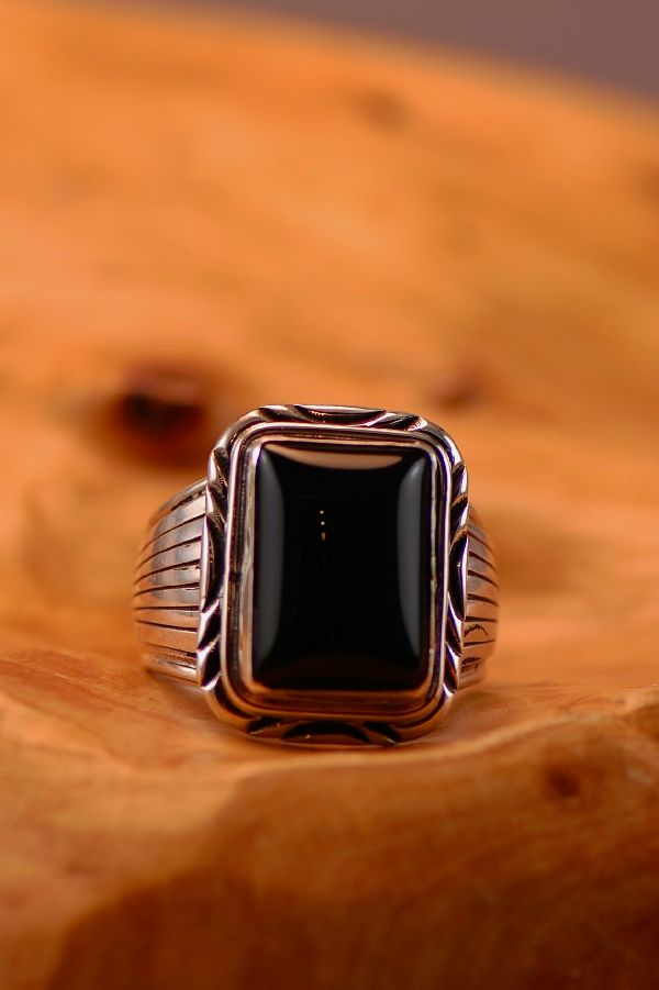 Navajo � Black Onyx Sterling Silver Ring Size 14 3/4