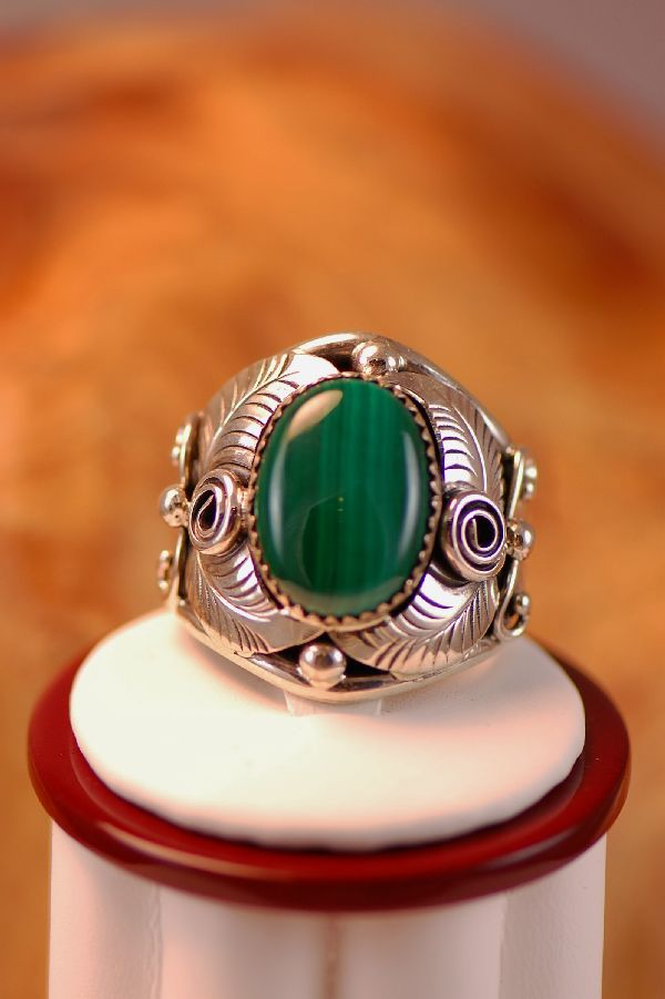 Navajo � Malachite Sterling Silver Ring Size 14